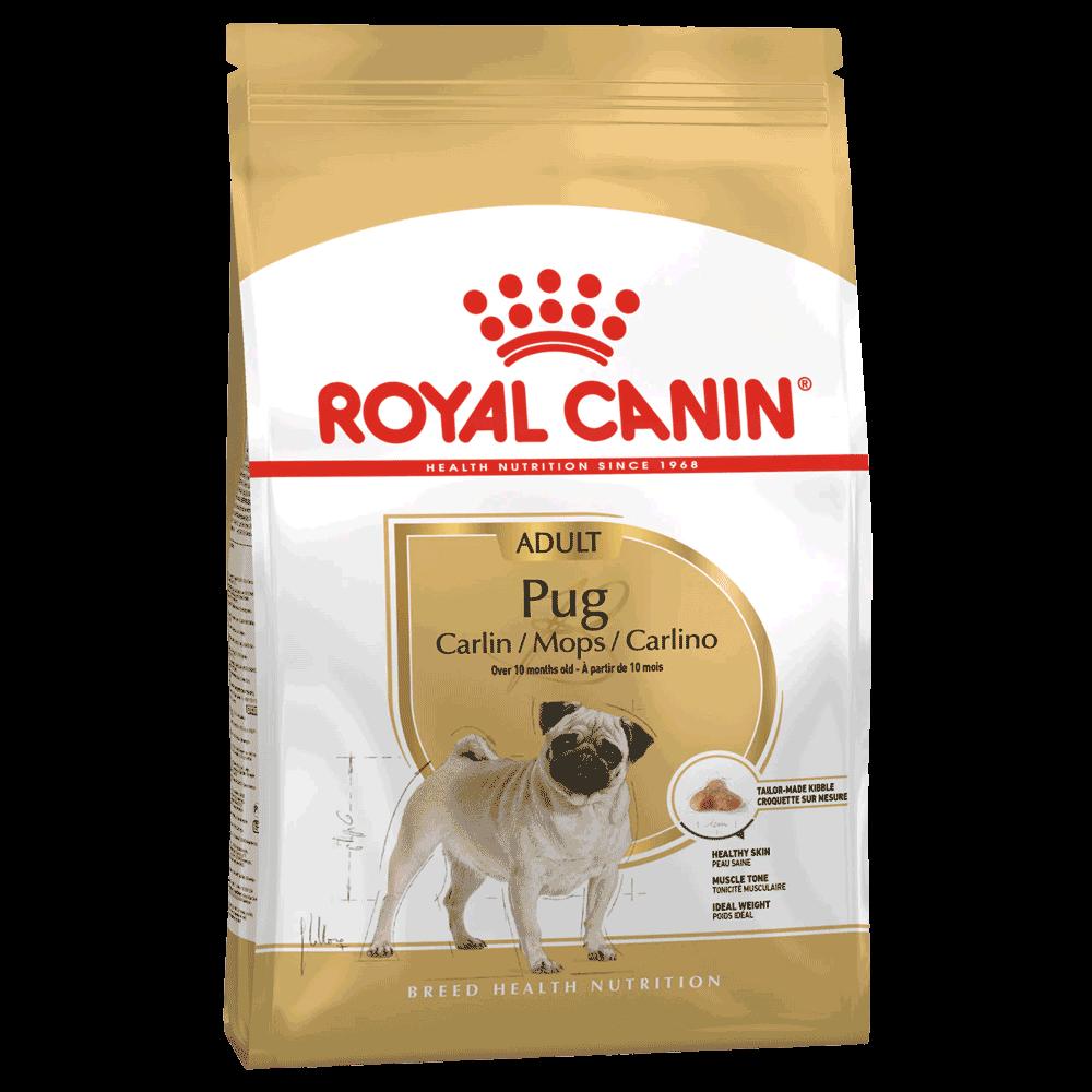 Bolsa blanca y dorada de alimento Royal Canin  Pug Adult para perros pug adultos